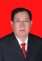 闫小鹏:党工委委员、管委会副主任